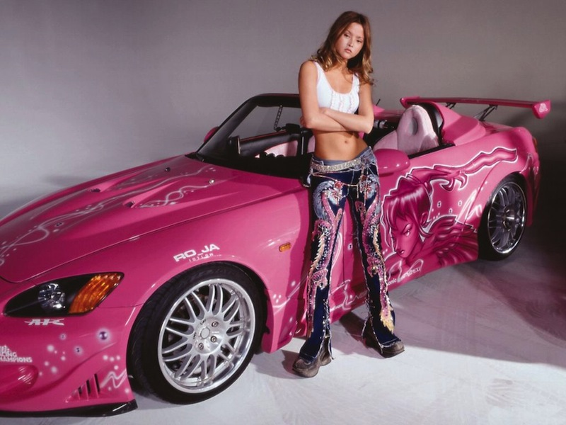 Hot-Girl-With-Cars-6