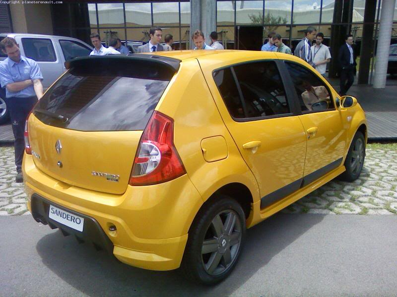 DLEDMV_Dacia_Sandero_RS_003