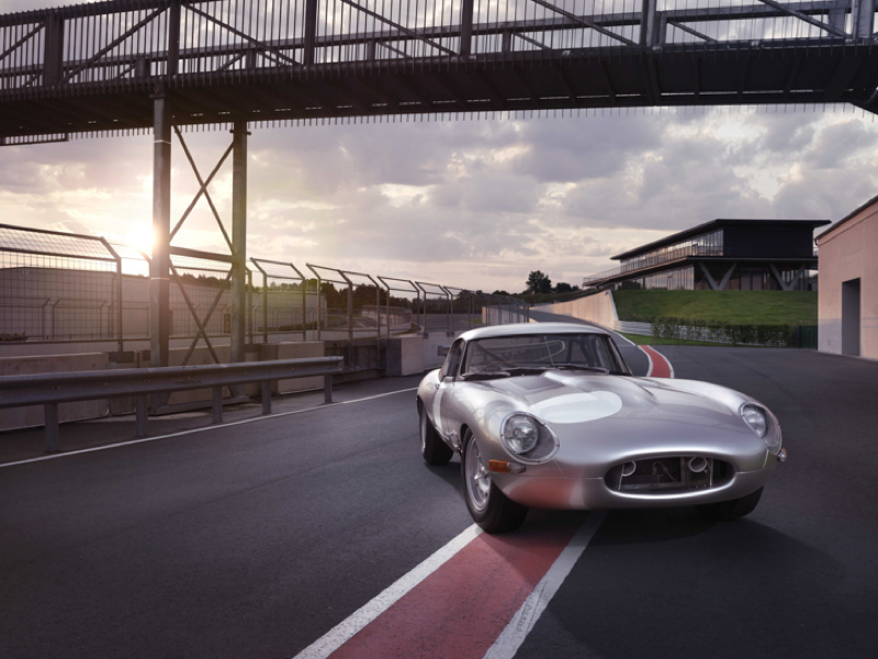 DLEDMV_Jaguar_E_Type_Lightweight_Replica_011
