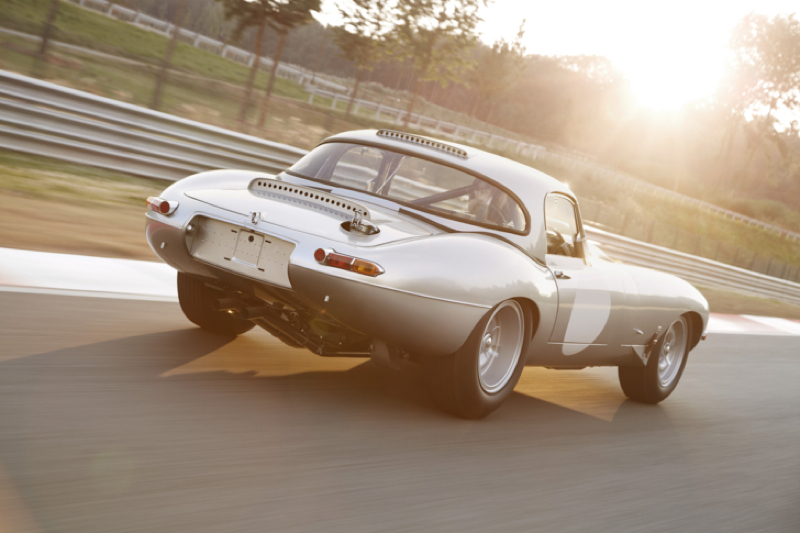 DLEDMV_Jaguar_E_Type_Lightweight_Replica_015