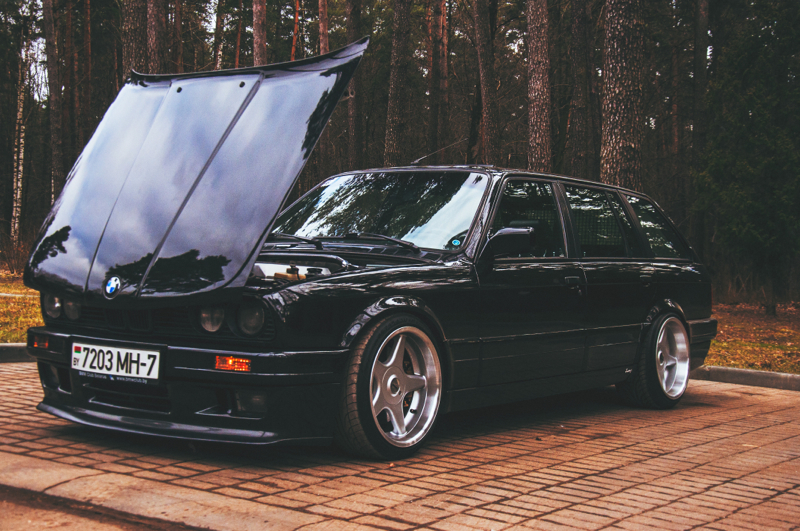 DLEDMV_BMW_E30_Touring_Swap_V8_007