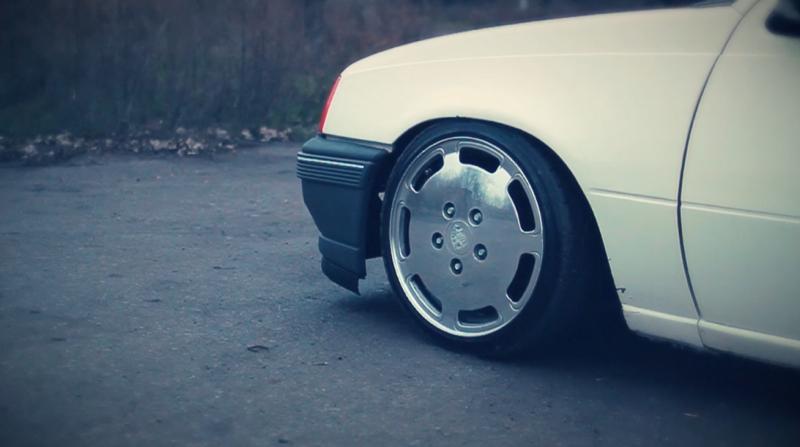 DLEDMV_Opel_Kadett_Stance_en_Porsche_006