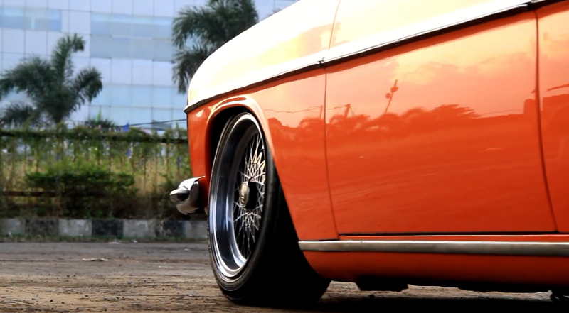 DLEDMV_Mercedes_W114_Slammed_Orange_001