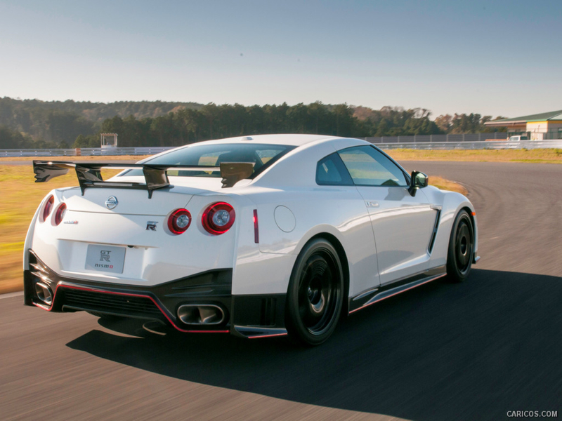 DLEDMV_Nissan_GT-R_Nismo_WillowSprings_003