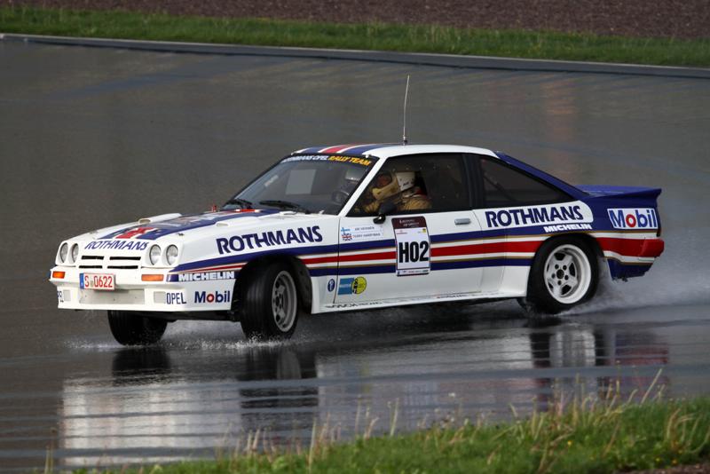 DLEDMV_Opel_Manta_400_Vatanen_02