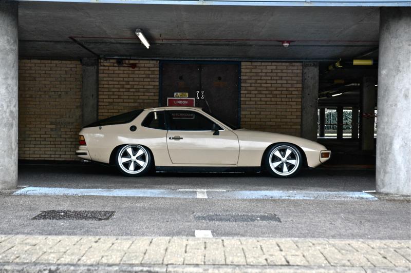 DLEDMV_Porsche_924_Low&Slow_03