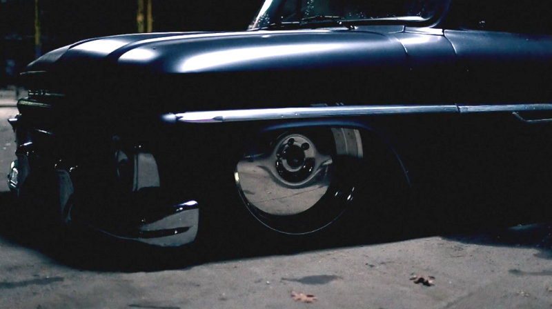 DLEDMV Chevy C10 Airbagged & Custom03
