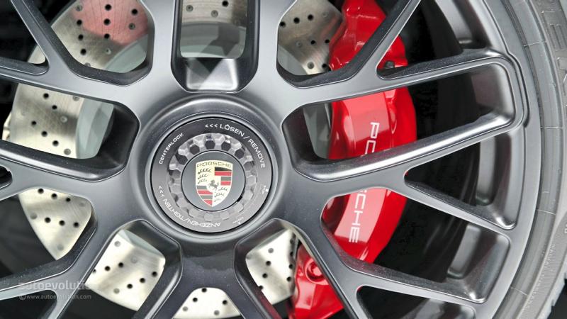 DLEDMV Porsche 911 Targa 4 GTS Detroit 005