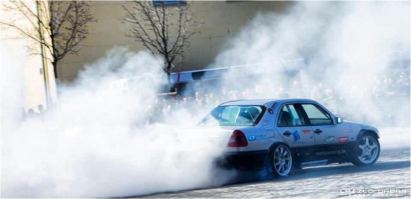 DLEDMV Mercedes classe C W202 swap V12 01