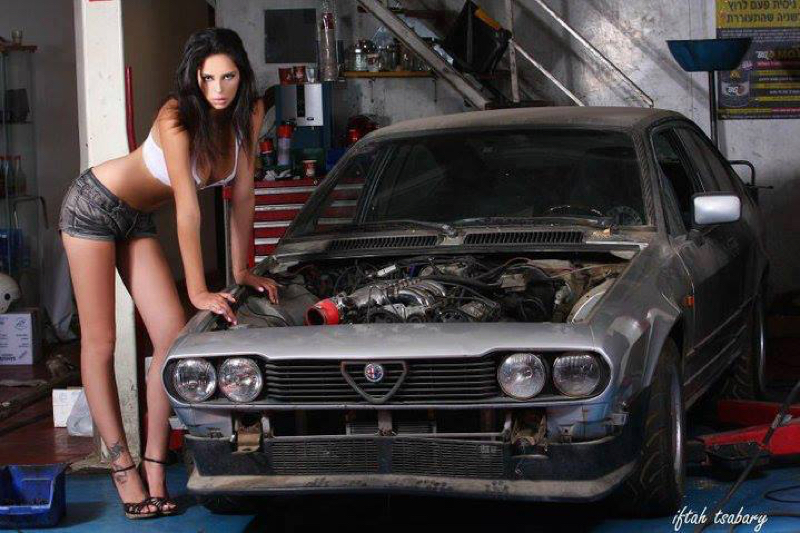 DLEDMV Alfetta GTV 2000 Night Drive 07