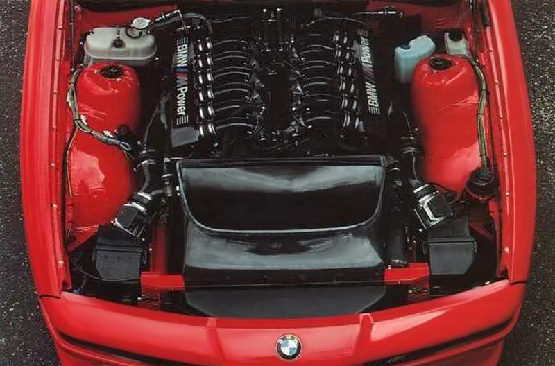 DLEDMV BMW M8 1990 01