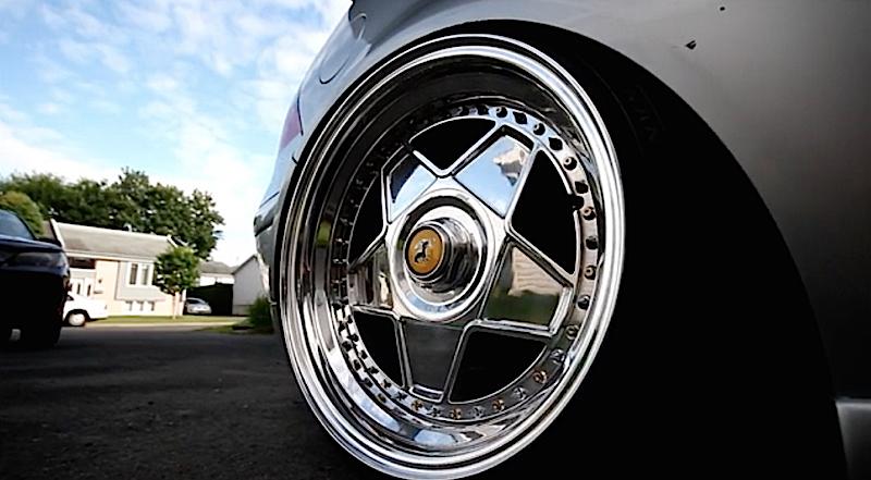 DLEDMV VW Golf Airride & Ferrari wheels 01