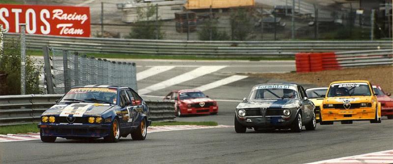 DLEDMV Alfa GTV6 racing engine sound 01