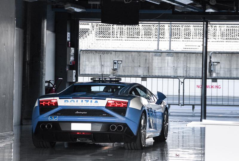DLEDMV Lamborghini Gallardo Polizia Donuts 01