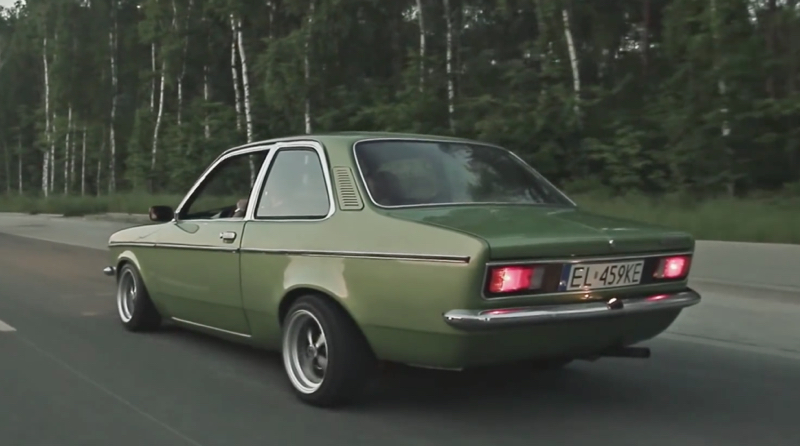 DLEDMV Opel Vintage Stance 03