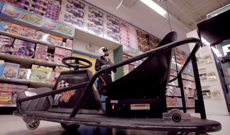DLEDMV - Crazy Karts Xcar a Toys'r Us 01