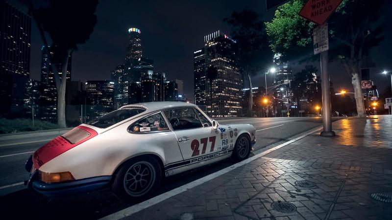 DLEDMV - Porsche 911 Magnus Walker the 277 01