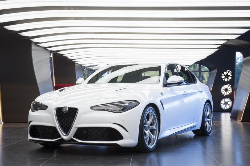 DLEDMV - Alfa Romeo Giulia Quadrifoglio 2015 - 02