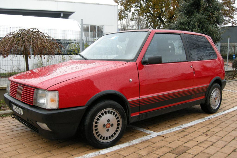 DLEDMV - Fiat Uno Turbo ie 200+ - 02