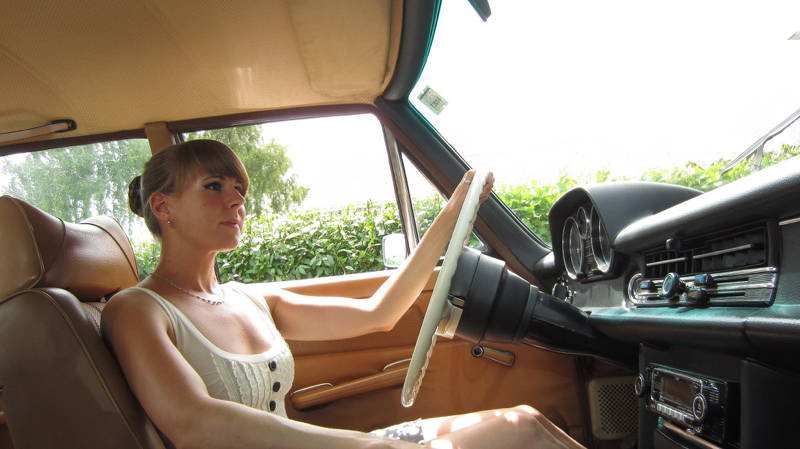 DLEDMV - Mercedes W115 Bagged Magdalena #2 - 04
