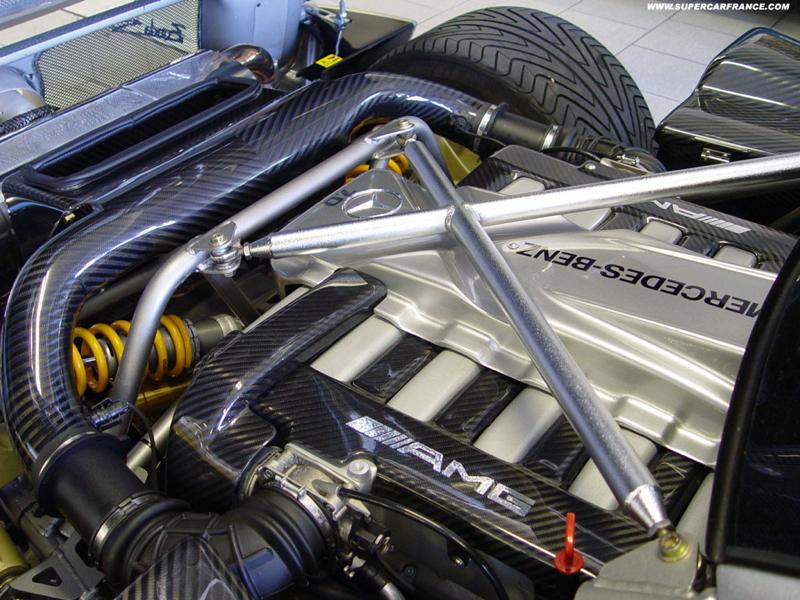 DLEDMV - Mercedes W123 Wagon swap V12 Pagani - 01