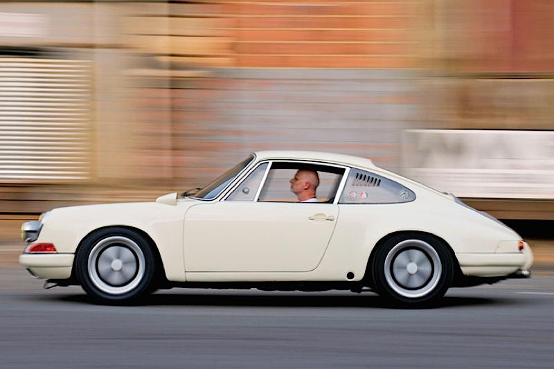 DLEDMV - Porsche 911 backdate R - 09