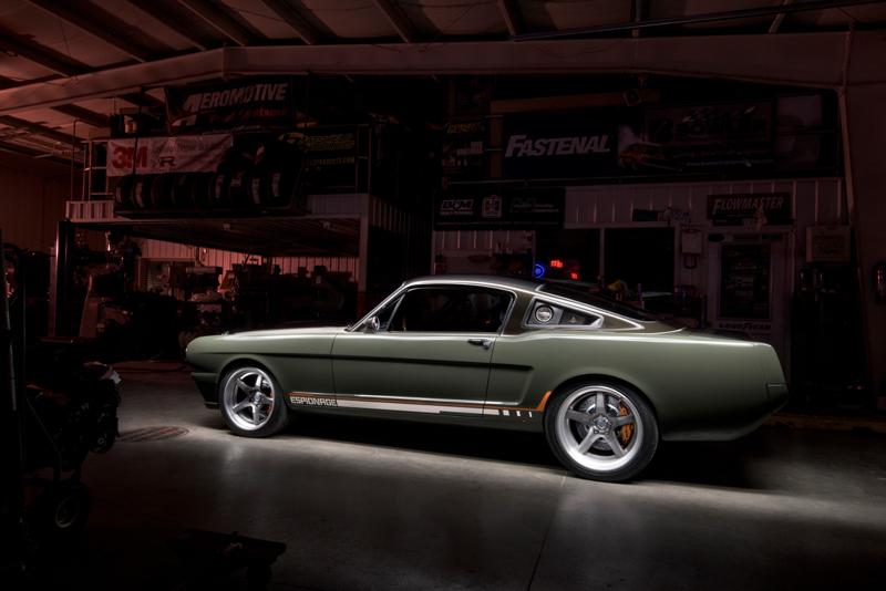 DLEDMV - Ford Mustang 65 Ringbrothers Sema 15 - 01