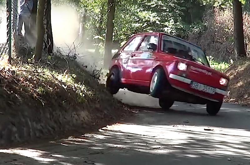 DLEDMV - Fiat 126 burnée ! - 03