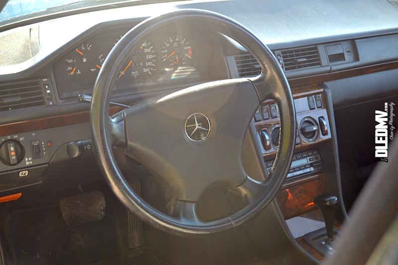 DLEDMV - Mercedes 500E & 190 2.3 16v - 09