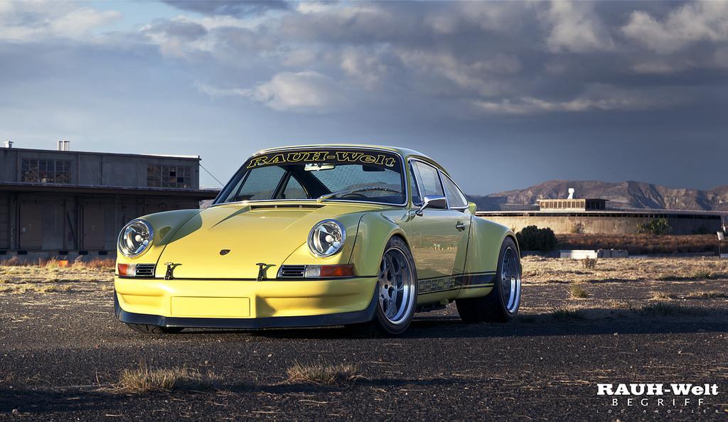 Porsche 911 Backdating Made In Rauh Welt De L Essence