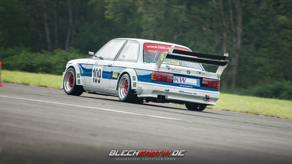 DLEDMV - BMW 320is E30 Hillclimb - 04