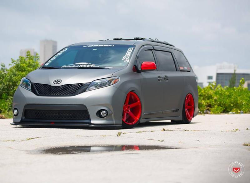 DLEDMV - Toyota Sienna Unlimited Wraps - 01
