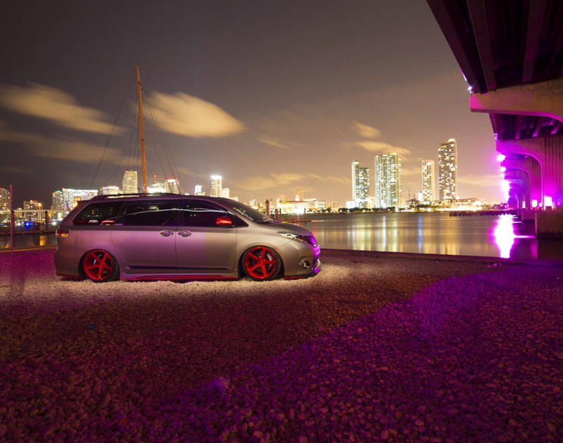 DLEDMV - Toyota Sienna Unlimited Wraps - 08