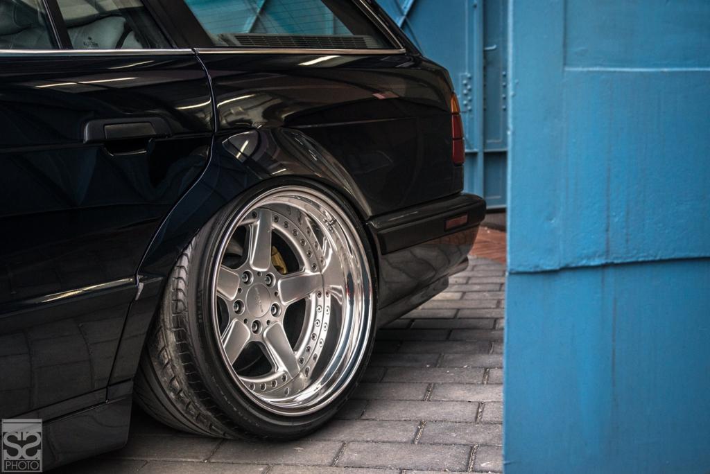 DLEDMV - BMW E34 Touring Slammed - 18