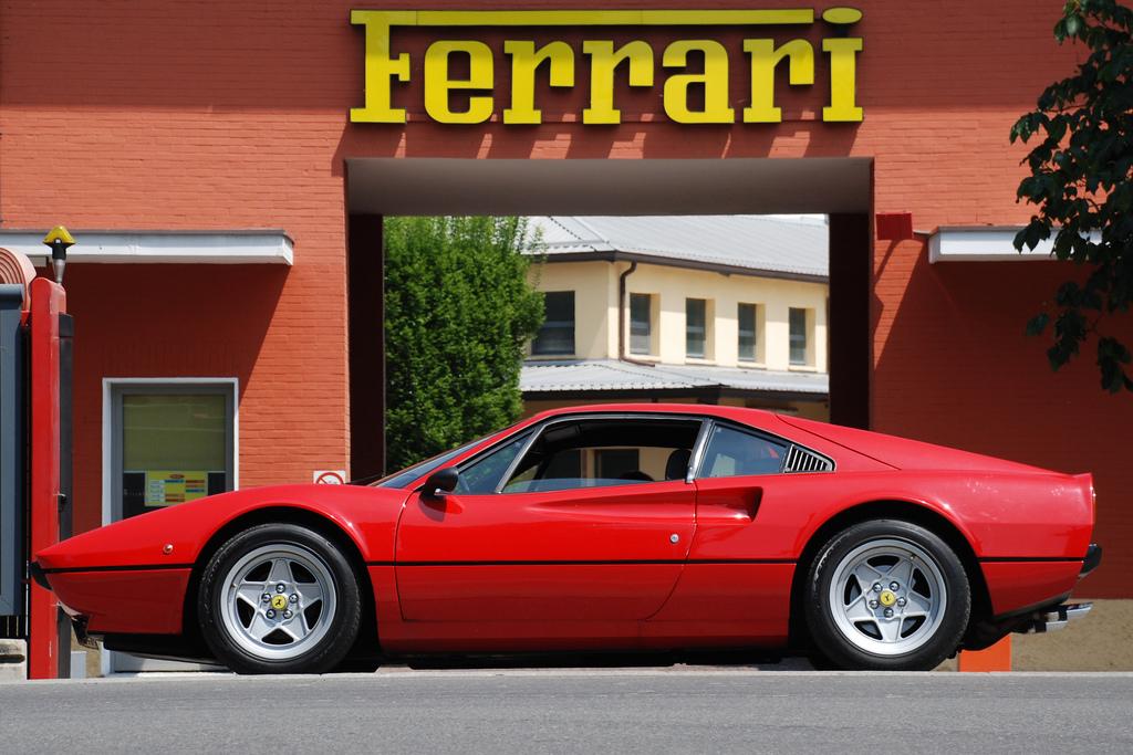 DLEDMV - Ferrari 308 GTB vetroresina - 03