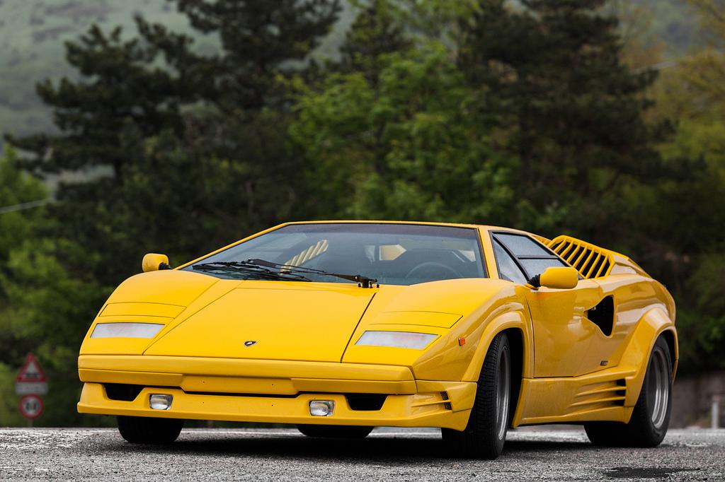 DLEDMV - Lamborghini Countach 25th - 06