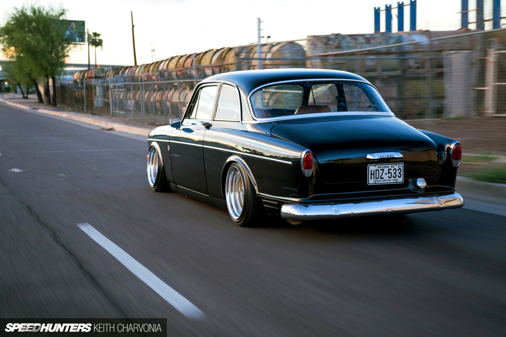 DLEDMV - Volvo Amazon Accuair & Work Equip - 02
