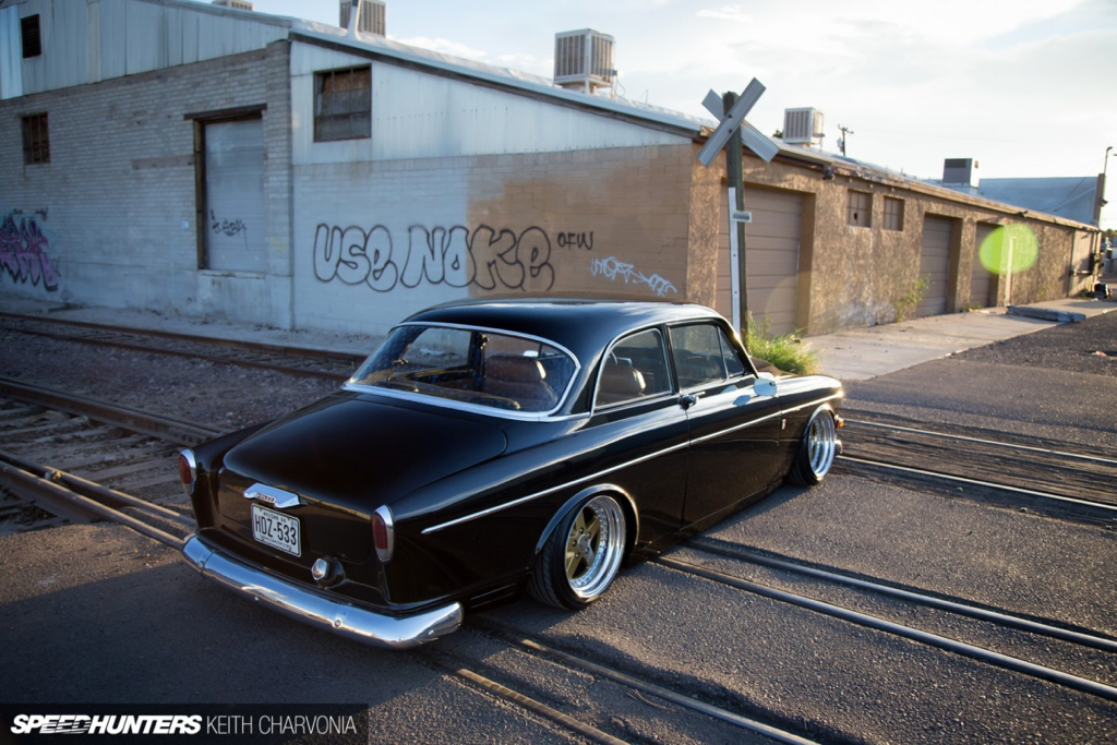 DLEDMV - Volvo Amazon Accuair & Work Equip - 07