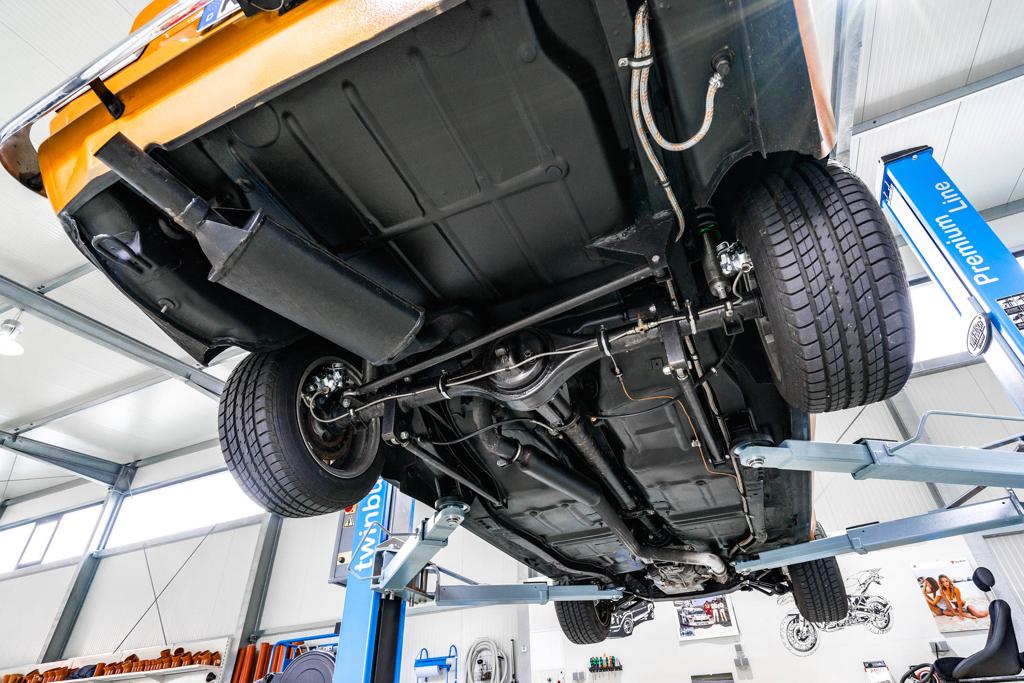 DLEDMV - Ford Escort RS2000 MK1 Restomod -06