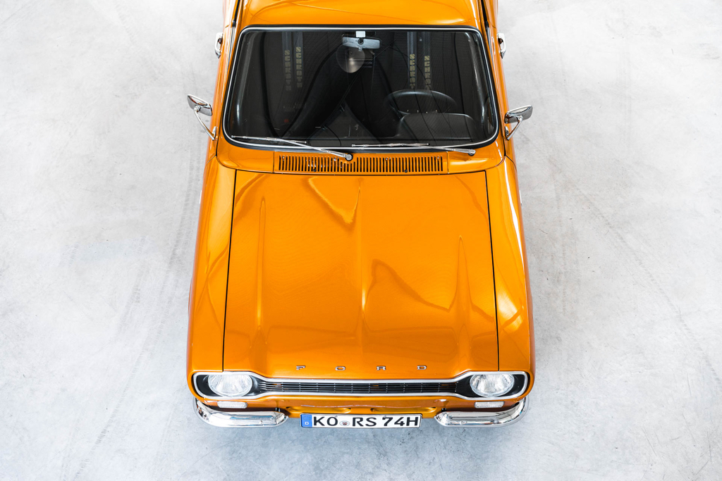 DLEDMV - Ford Escort RS2000 MK1 Restomod -16