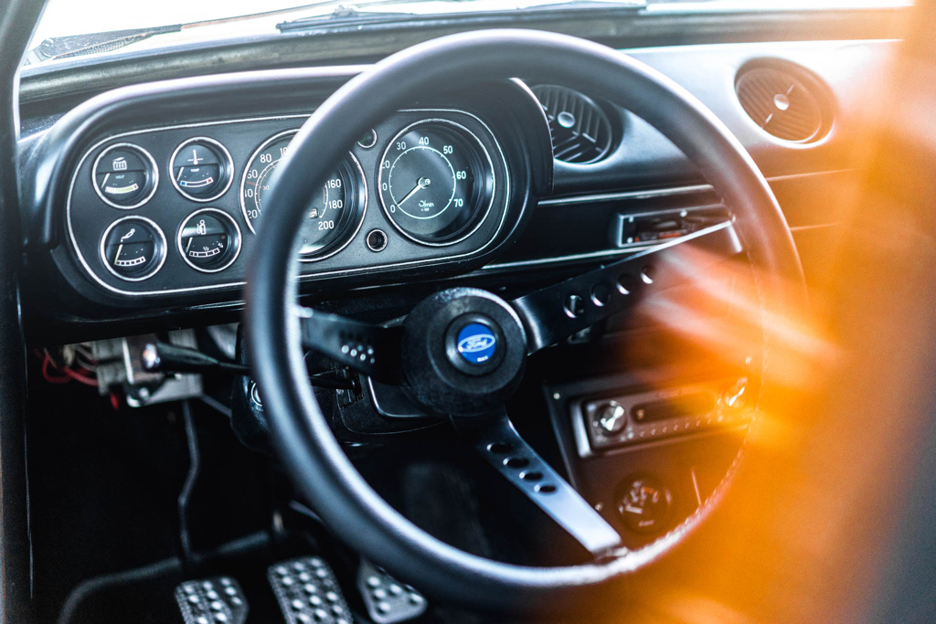 DLEDMV - Ford Escort RS2000 MK1 Restomod -19