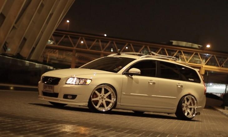 z DLEDMV Volvo V50 deep clean