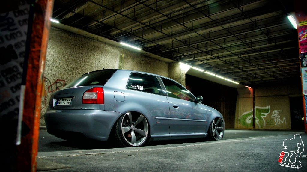 dledmv-audi-a3-airride-supplies-01