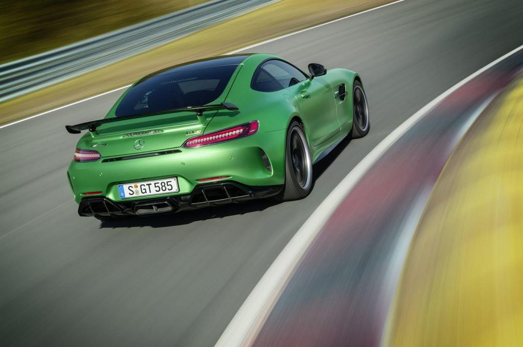 Engine Sound : Mercedes AMG GT R - Allo... Hulk ? C'est toi ?! 2