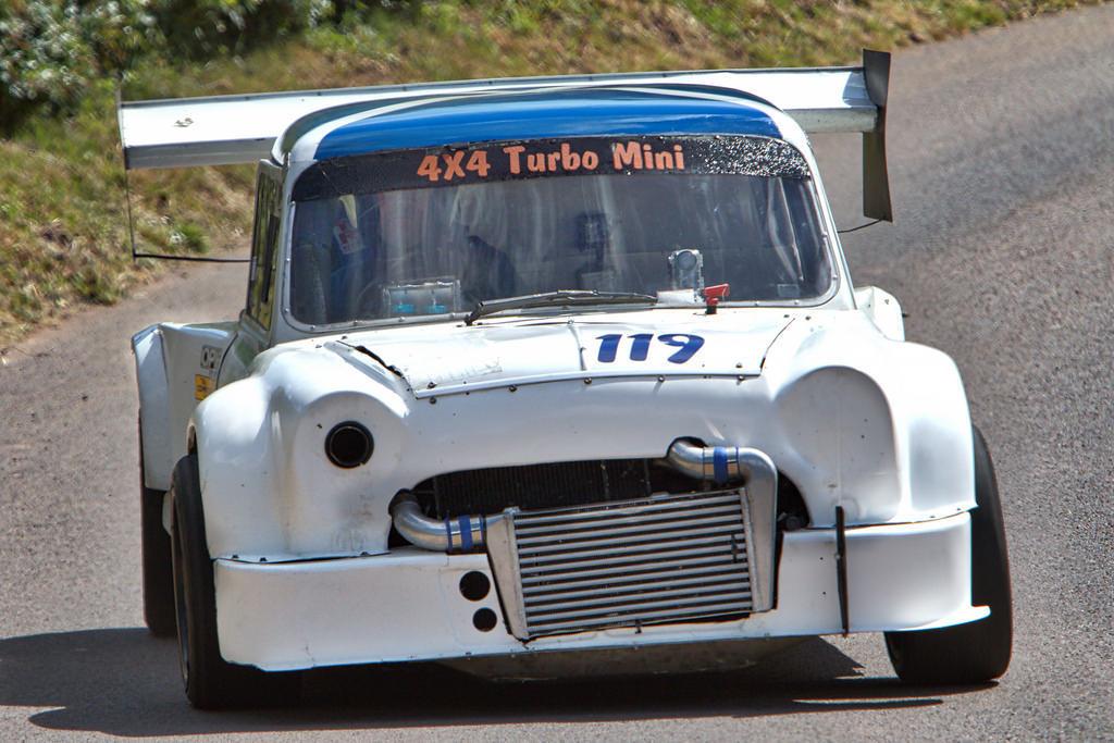 dledmv-mini-evo-4x4-hillclimb-01