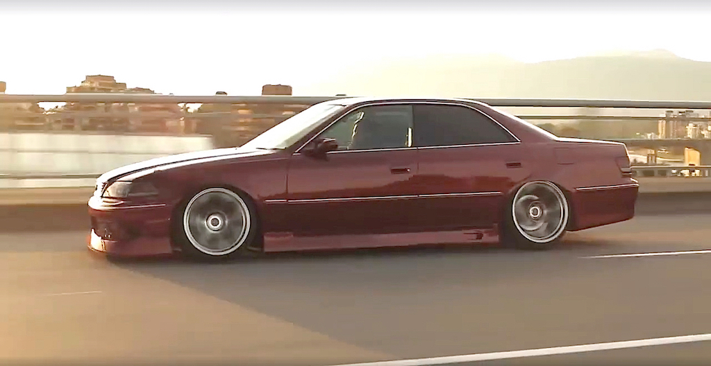 dledmv-toyota-chaser-slammed-sedan-04