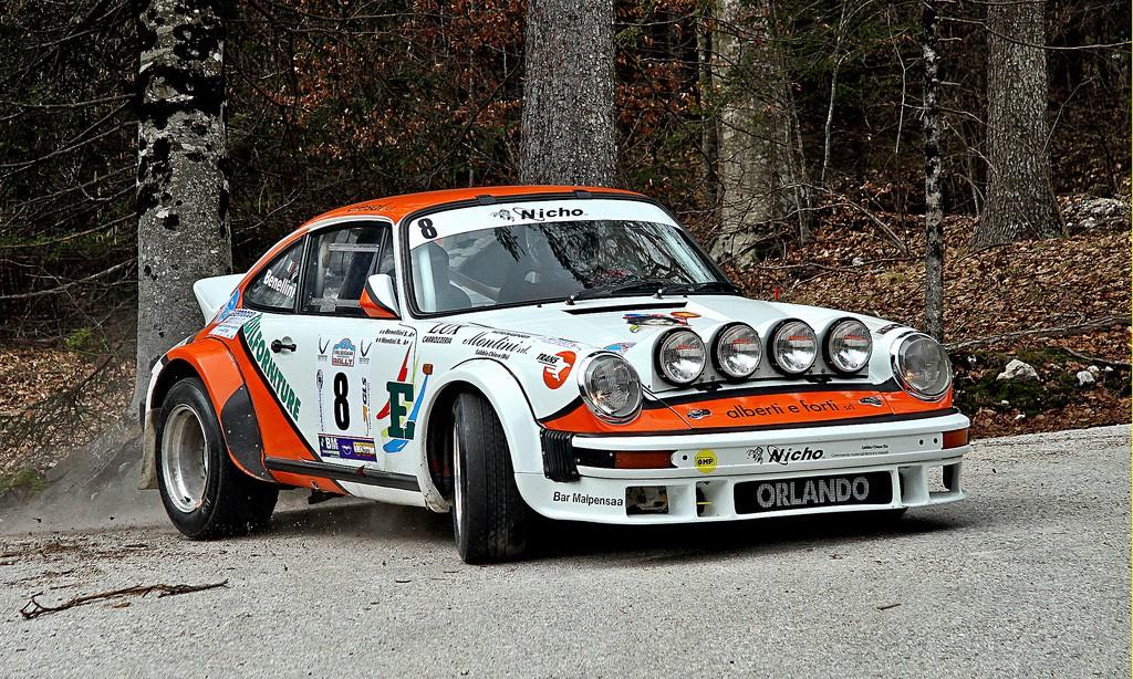 Porsche 911 Gr4 - Monte le son et change de caleçon ! 9