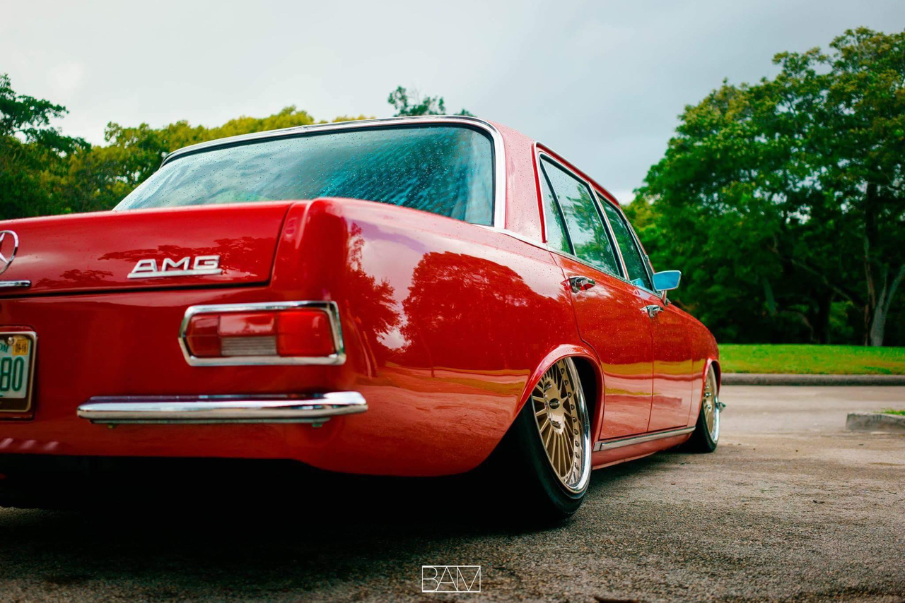 Red Bagged Benz W108... Mélange des genres ! 32