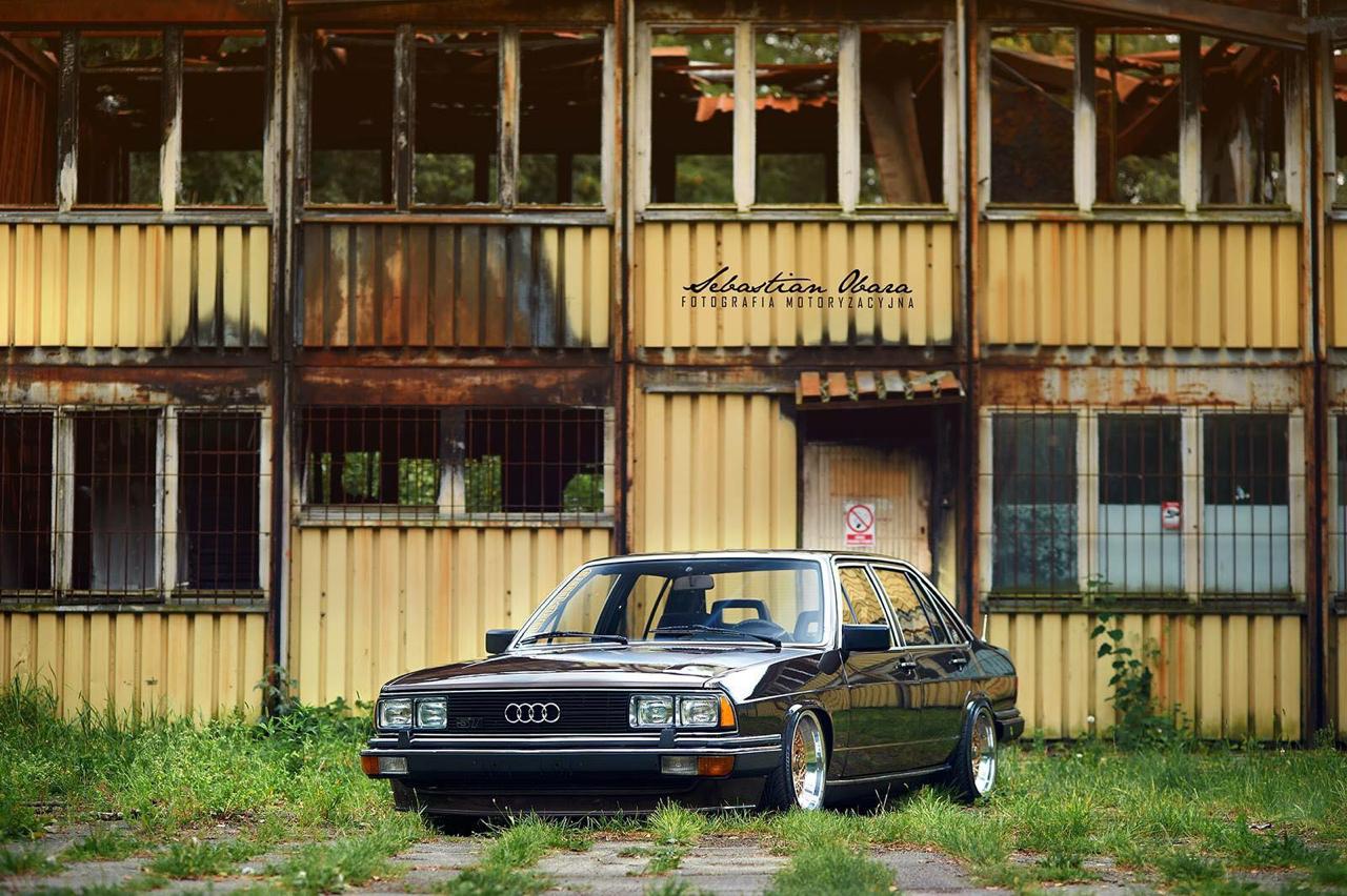 Slammed Audi 200 5T - En coussin d'air sur du BBS ! 38