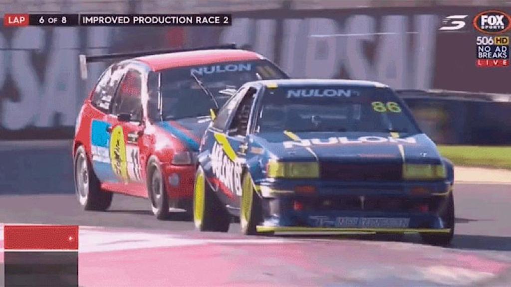 Improved Production : Battle à Adelaide - Civic EG vs Toyota AE86 6